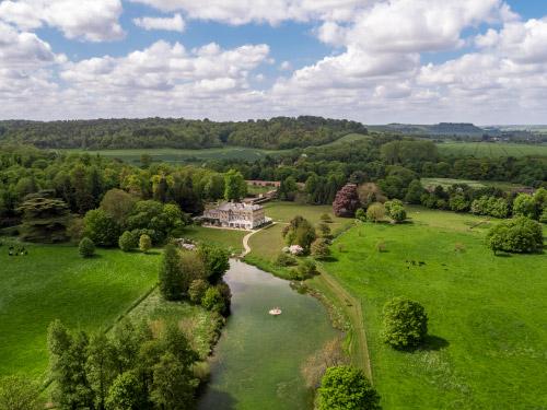 Hexton Manor